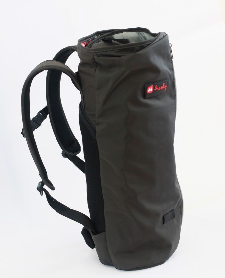 henty-wingman-backpack-2 RS