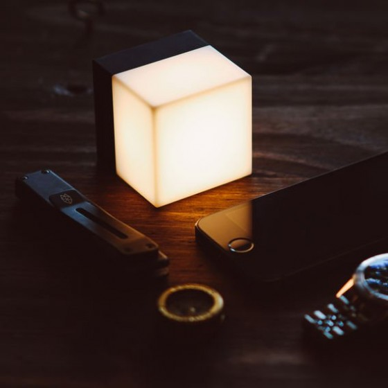 xyCozeKSvi_cube_light_8_original